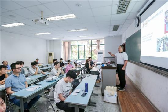 中国四川大学·泰国易三仓大学首届本硕连读新生开学